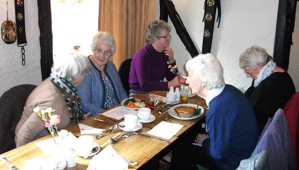 Arkesden-lunch-011-615