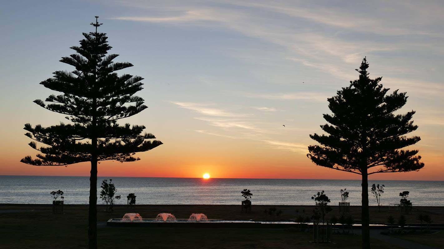 Sunrise-PaulCrawford--800.jpg